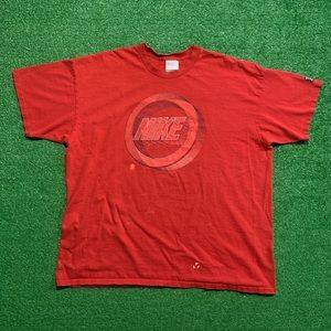 Vintage Early 2000's Nike Tee Shirt